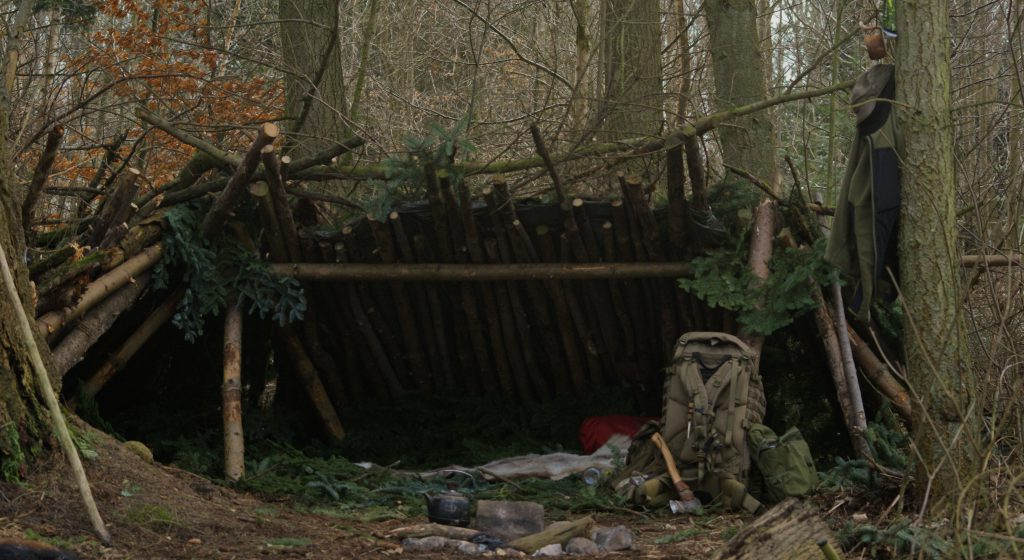 Bushcraft shelter i Danmark