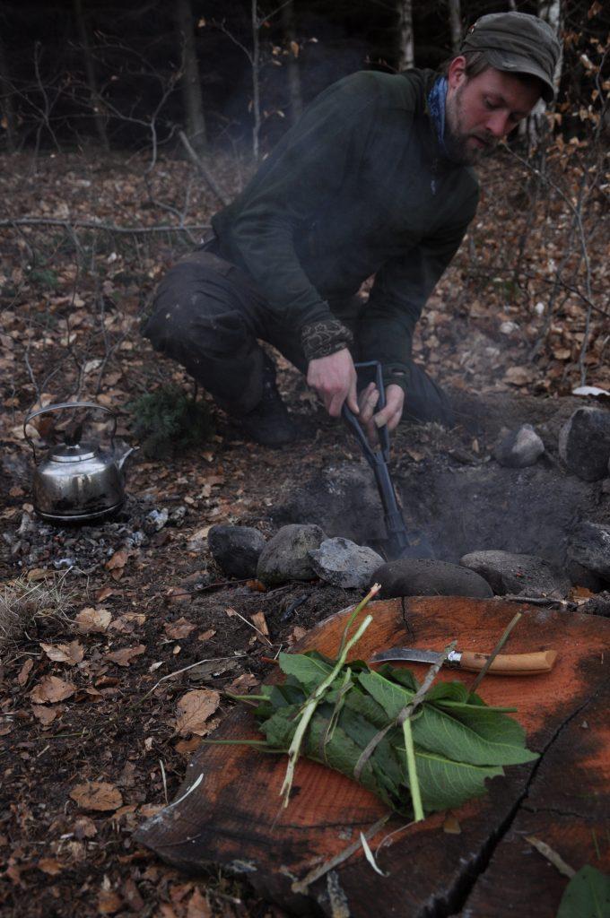 Stege kød i sydegrube som i stenalderen vaerude.dk