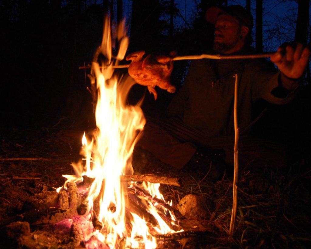 Lær at tænde ild med værude.dk