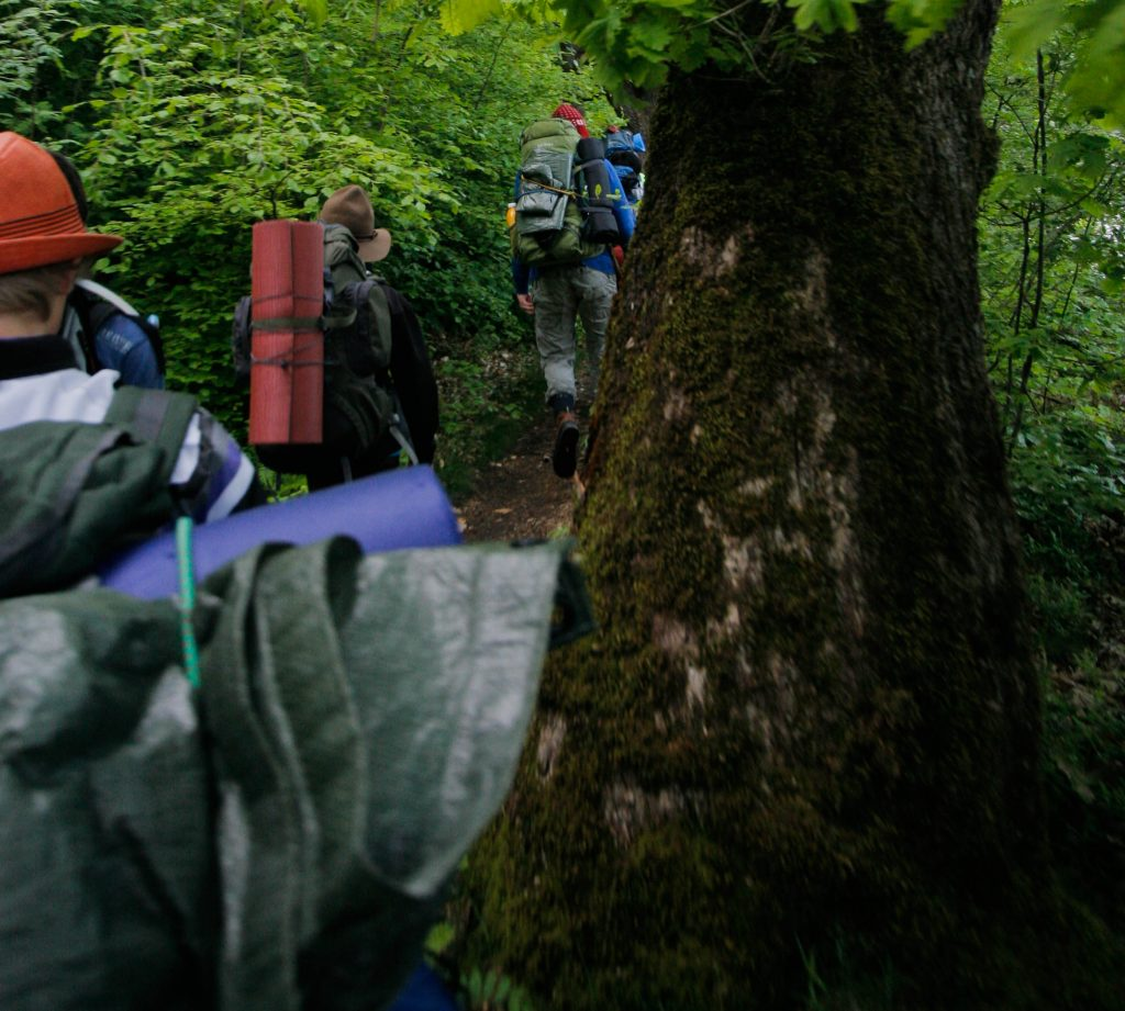 Guidede tur med rygsæk og overnatning vaerude.dk